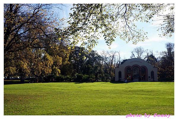 fitzroy gardens10.jpg