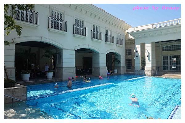 蘇澳瓏山林飯店泳池18.jpg