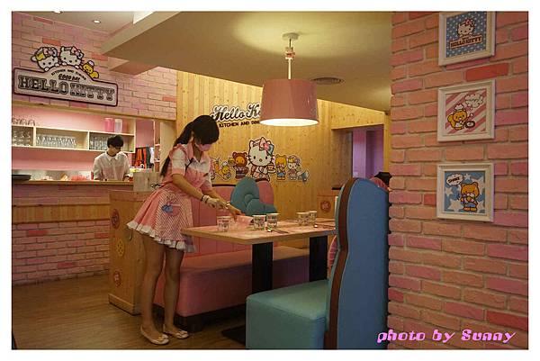 kitty餐廳2.jpg