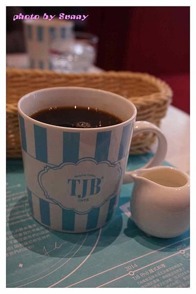 TJB Cafe14.jpg