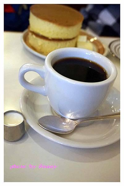 IWATA Cafe10.jpg