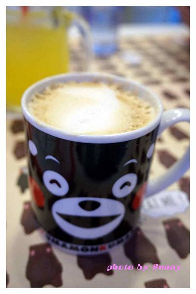 kuma cafe14.jpg