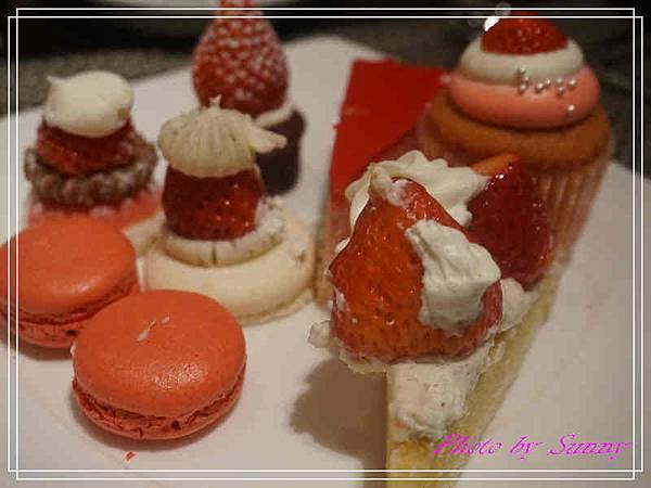 東京希爾頓飯店午茶10.jpg