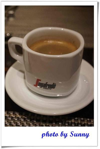 東京希爾頓飯店午茶25.jpg