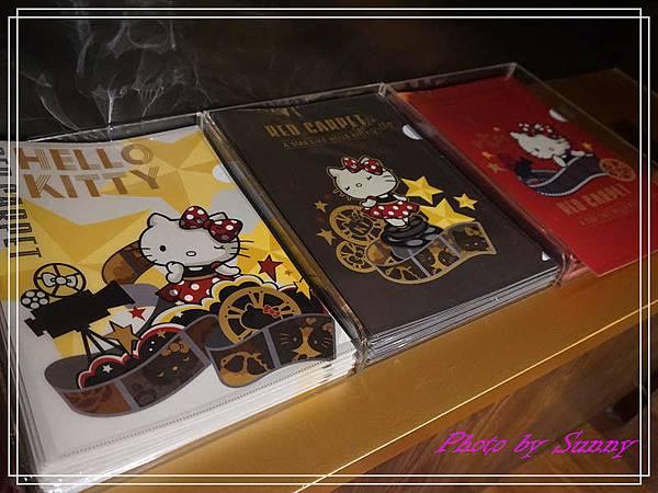 Hello kitty Red Carpet美式餐廳10.jpg