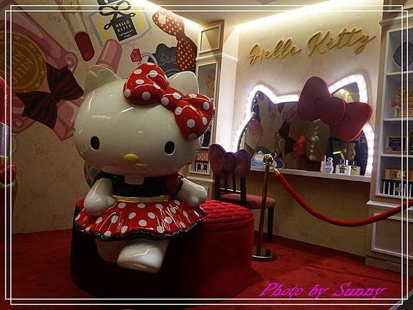 Hello kitty Red Carpet美式餐廳26.jpg