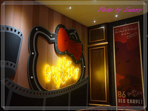 Hello kitty Red Carpet美式餐廳27.jpg