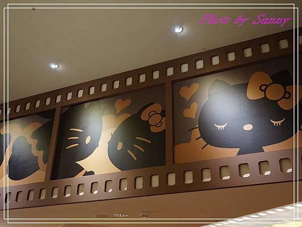 Hello kitty Red Carpet美式餐廳28.jpg