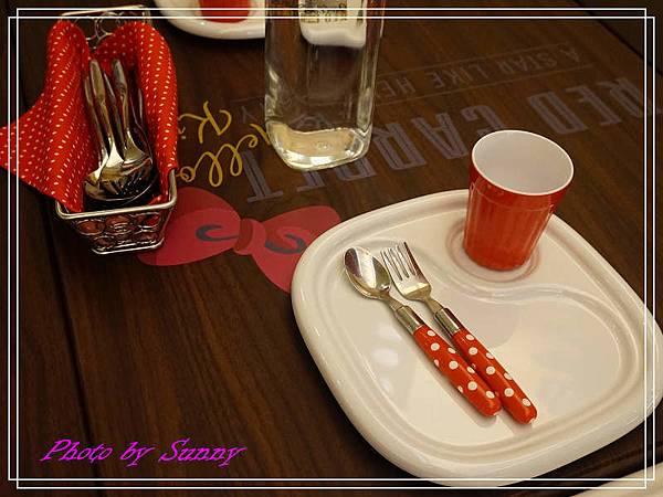 Hello kitty Red Carpet美式餐廳29.jpg
