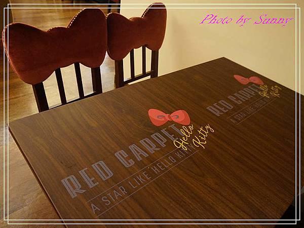 Hello kitty Red Carpet美式餐廳30.jpg