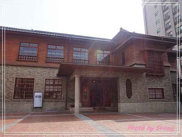 2017台南慶生之旅愛國婦人會館1.jpg