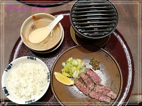 倉敷牛舌餐廳1.jpg