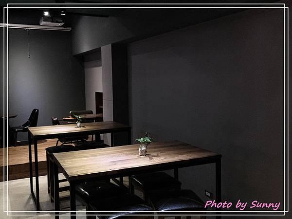 cho cafe26.jpg