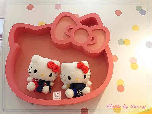 小七kitty聯名店4.jpg