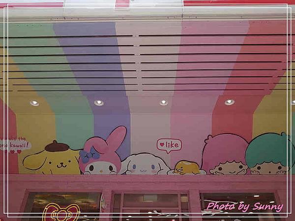 小七kitty聯名店2.jpg