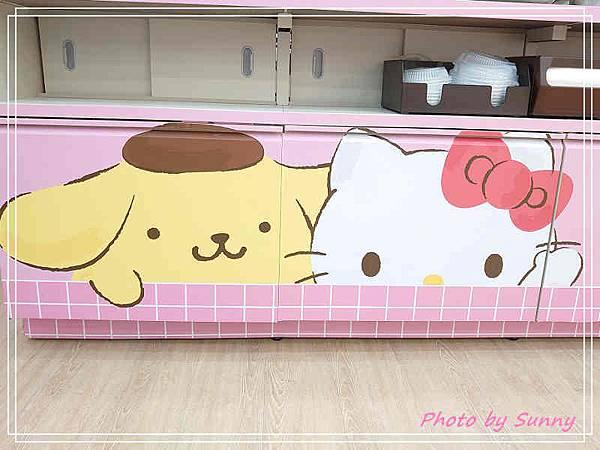 小七kitty聯名店11.jpg