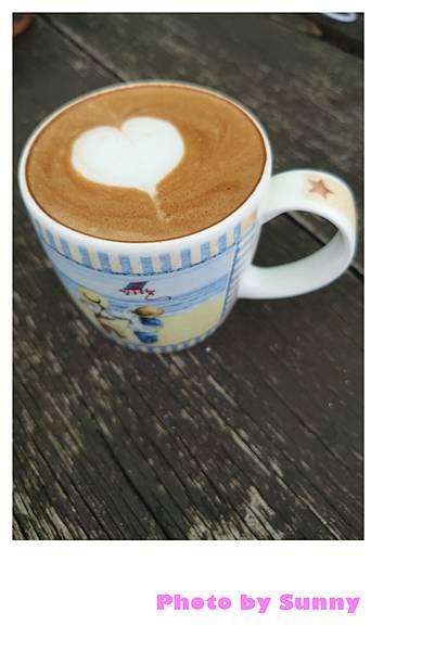 金山跳石沒有名字的咖啡店10.jpg