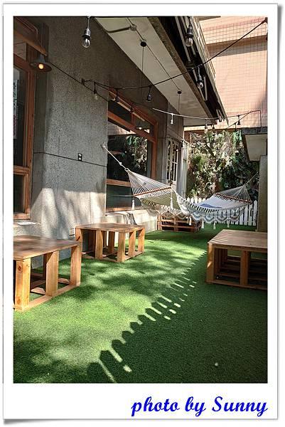 Cafe de Gear13.jpg