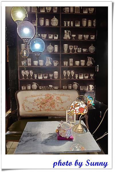 高雄咖啡阿拉丁神燈餐廳12.jpg