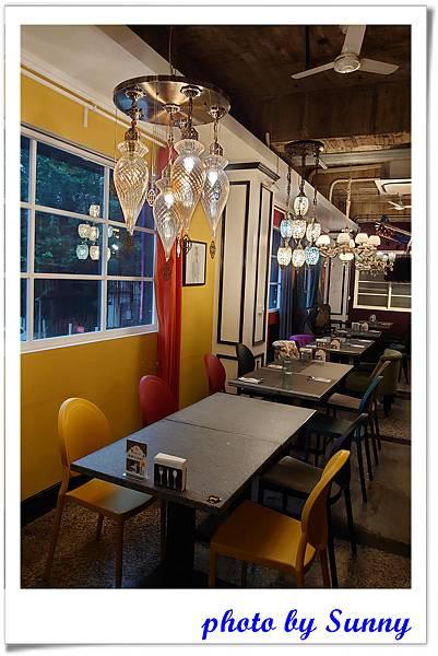 高雄咖啡阿拉丁神燈餐廳21.jpg