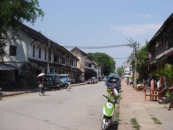 200705082LuangProbang (7)