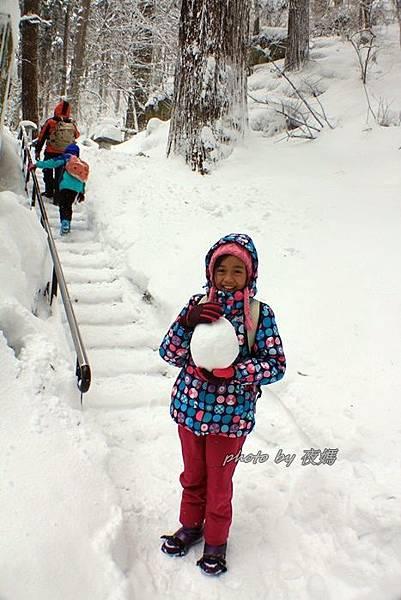 日本雪地穿搭