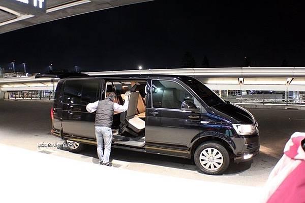 漢聲租車機場接送親切有禮的司機駕駛員