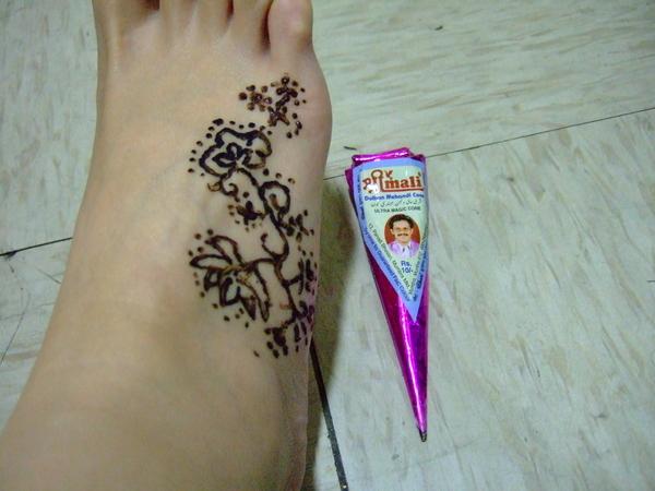 Henna試畫 002-遠看還OK啦!