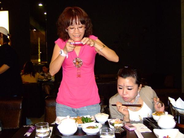 或是被某雙筷子覬覦著...