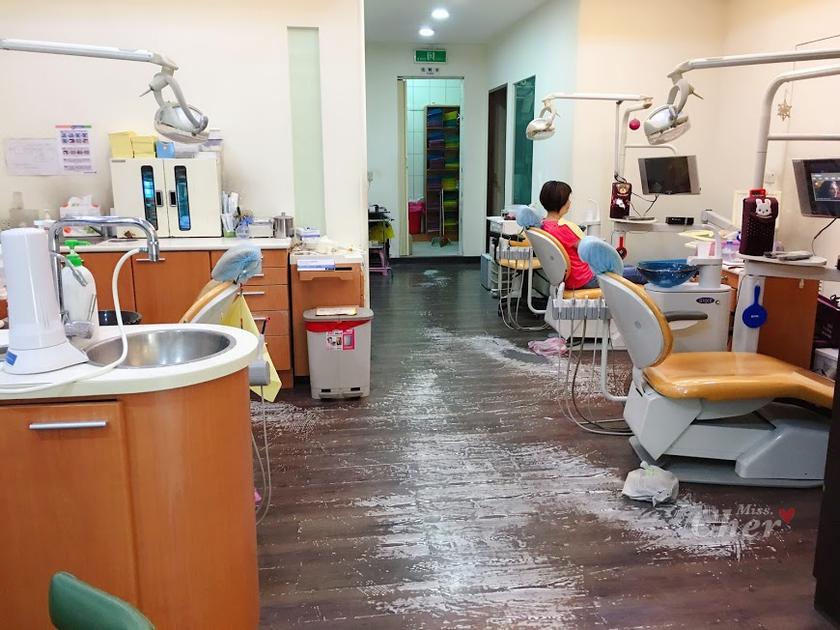 豐華牙醫 室內座位_结果.png