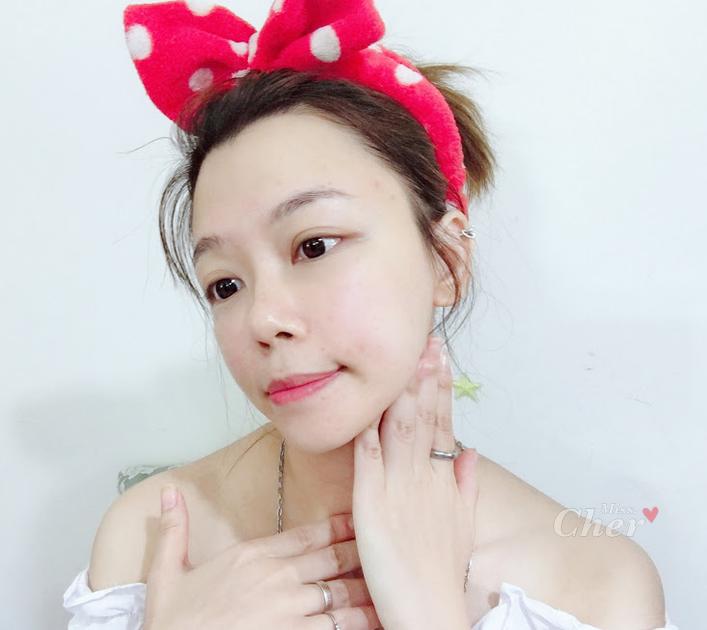 寶拉珍選 AC+超彈力淡斑活膚乳 按摩脖子             _结果.png
