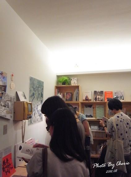 下北澤世代書店003