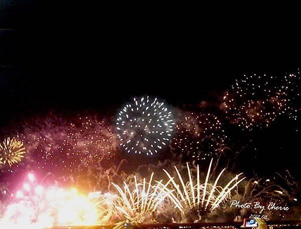 201208大稻埕煙火004