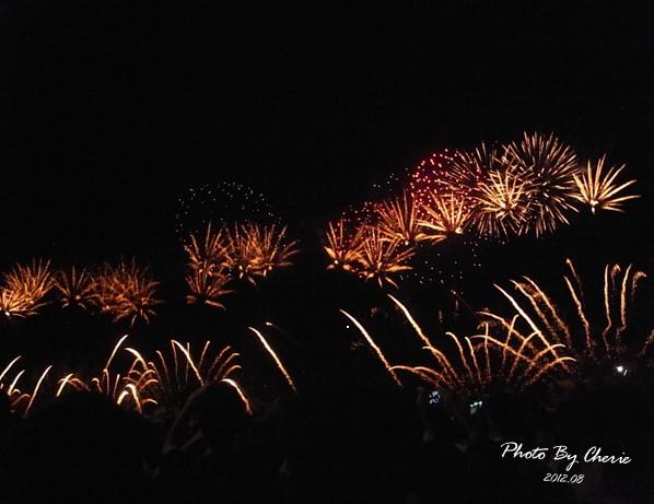 201208大稻埕煙火003