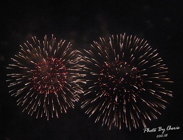 201208大稻埕煙火015