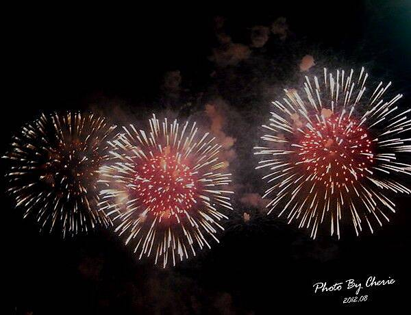201208大稻埕煙火017
