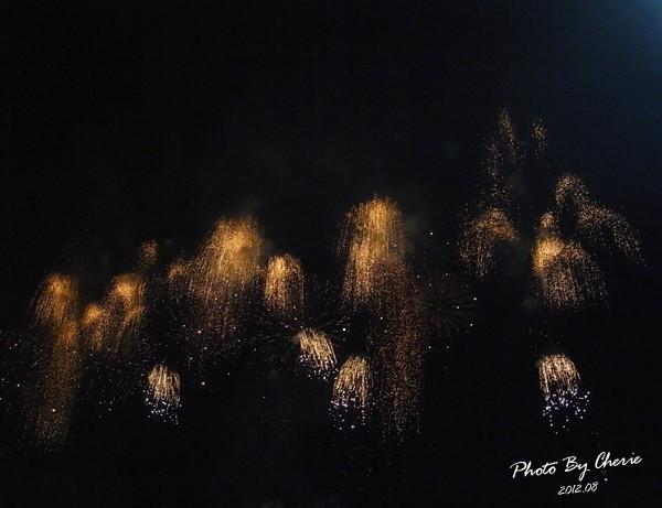 201208大稻埕煙火020