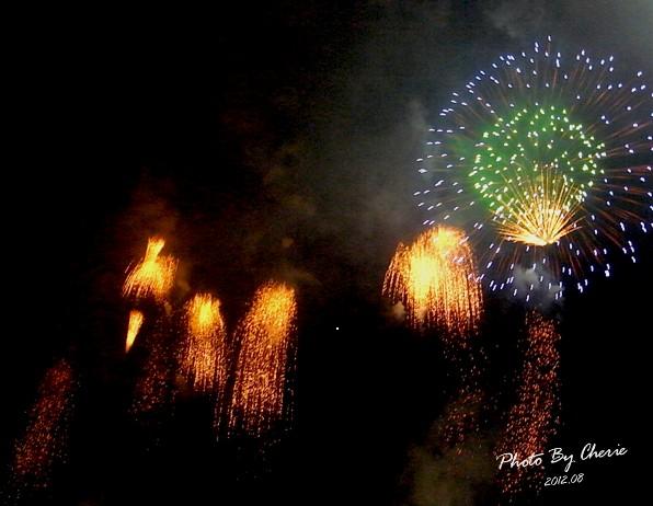 201208大稻埕煙火018