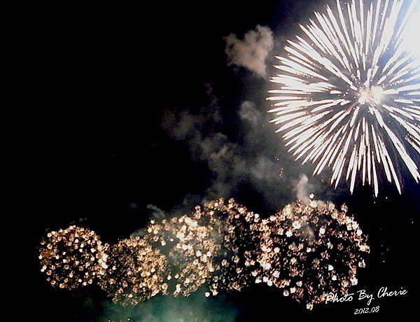 201208大稻埕煙火022