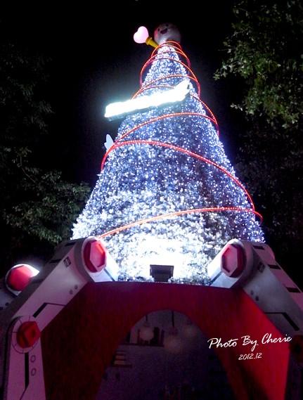 2012聖誕樹信義區中國信託001