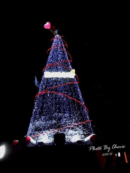 2012聖誕樹信義區中國信託005