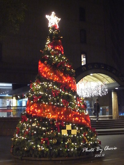 2012聖誕樹敦南誠品jpg