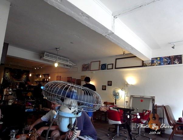 201306自然醒咖啡公寓002.jpg