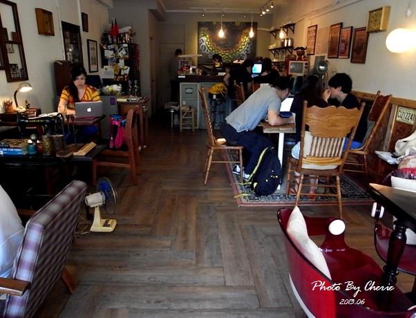 201306自然醒咖啡公寓001.jpg