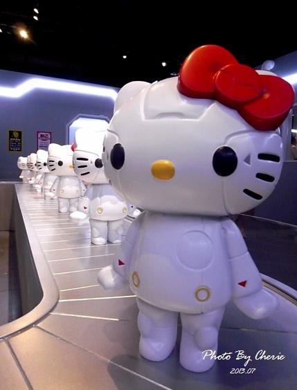 201307ROBOT KITTY互動展028.jpg