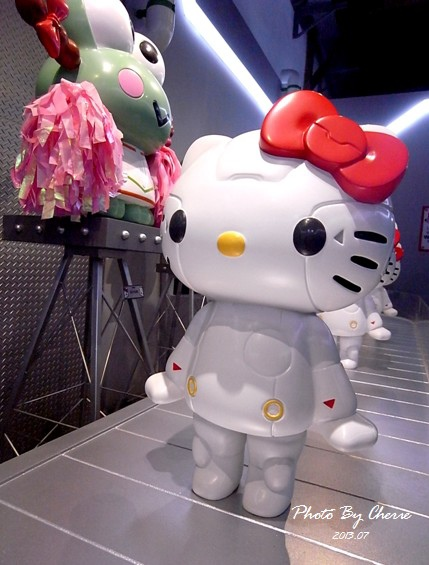 201307ROBOT KITTY互動展029.jpg