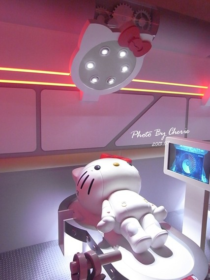 201307ROBOT KITTY互動展033.jpg