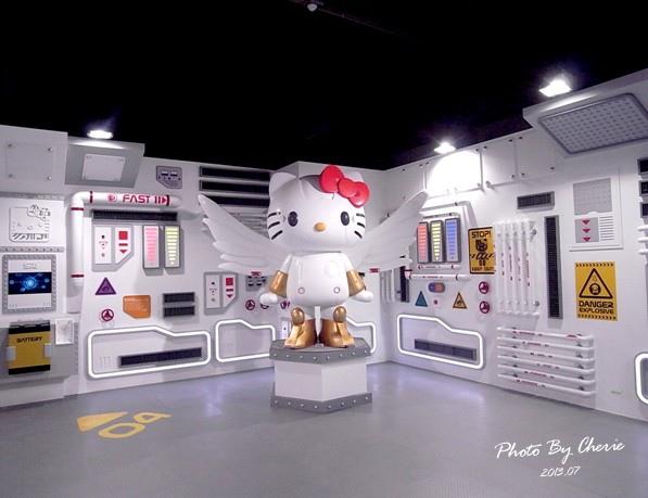 201307ROBOT KITTY互動展041.jpg