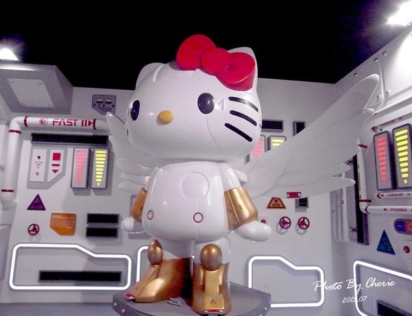 201307ROBOT KITTY互動展043.jpg