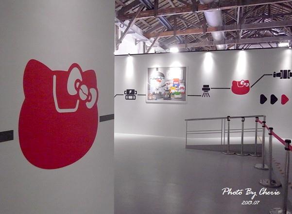 201307ROBOT KITTY互動展091.jpg